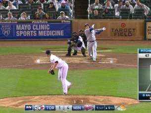 TOR@MIN: Donaldson crushes a three-run shot to center