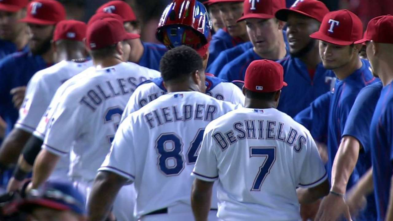 Tolleson earns the save
