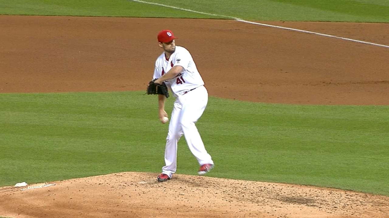 Sharp Lackey leads Cardinals over Dodgers