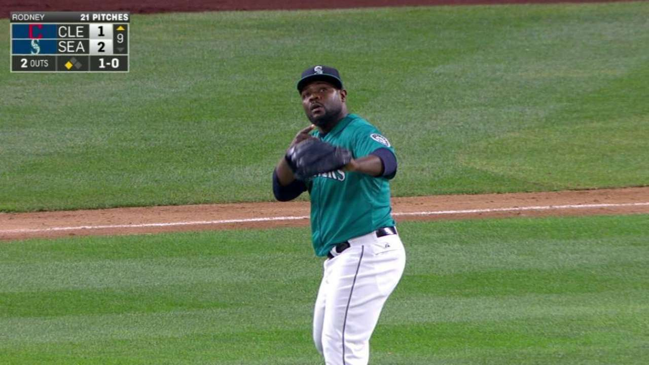 McClendon sticking with Rodney as closer