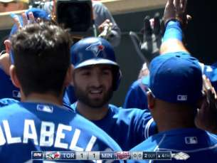 TOR@MIN: Pillar belts solo homer off Gibson in 4th