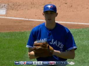 TOR@MIN: Sanchez strikes out five in six innings