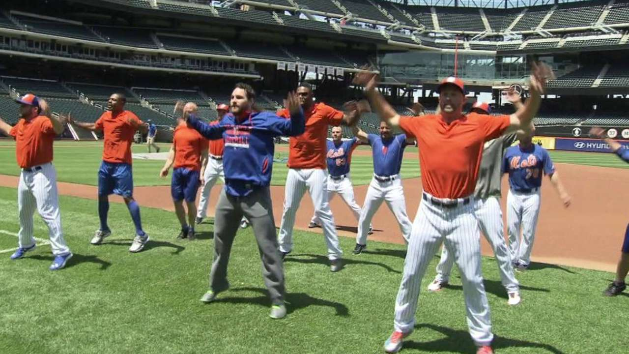 Mets honor veterans in #GiveThem20 campaign