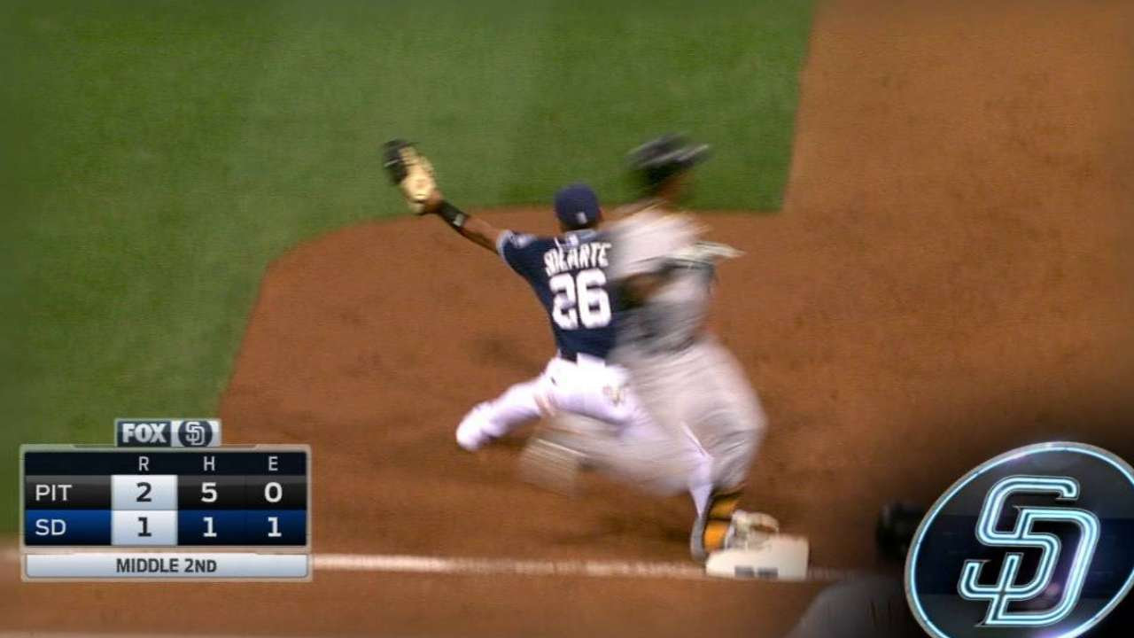Amarista turns the double play