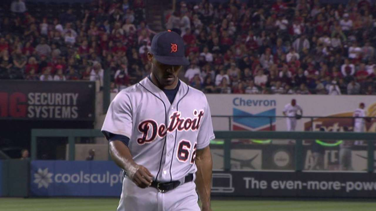 Alburquerque escapes the jam