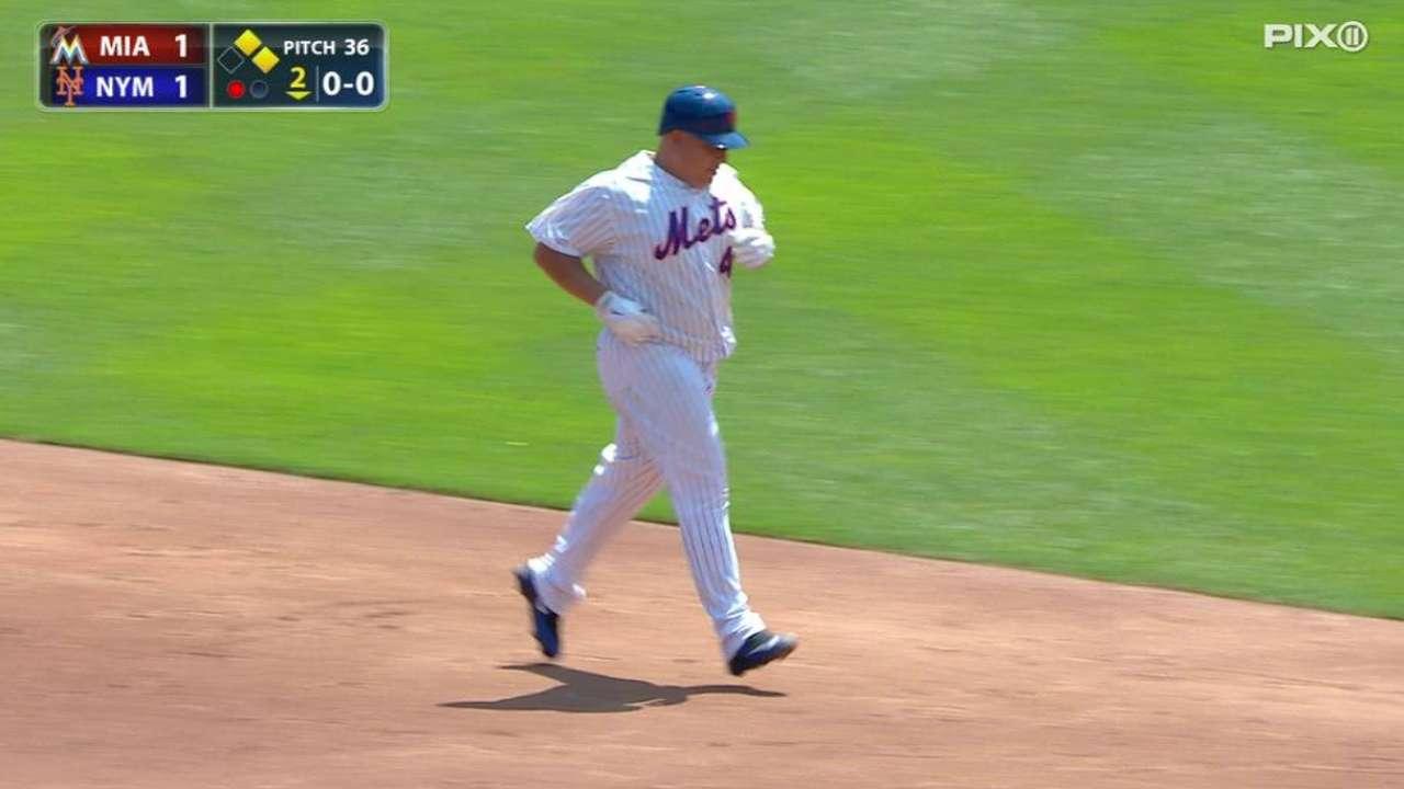 Bate, brazo de Colón ayudan a Mets a hundir a Marlins