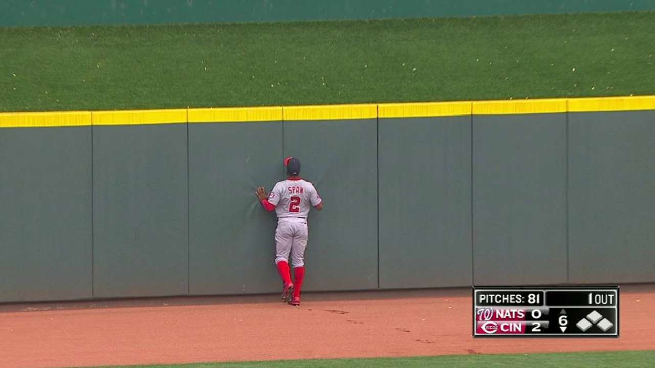 Span misses doubleheader with sore knee