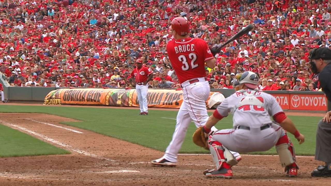 Reds bounce back with outstanding series