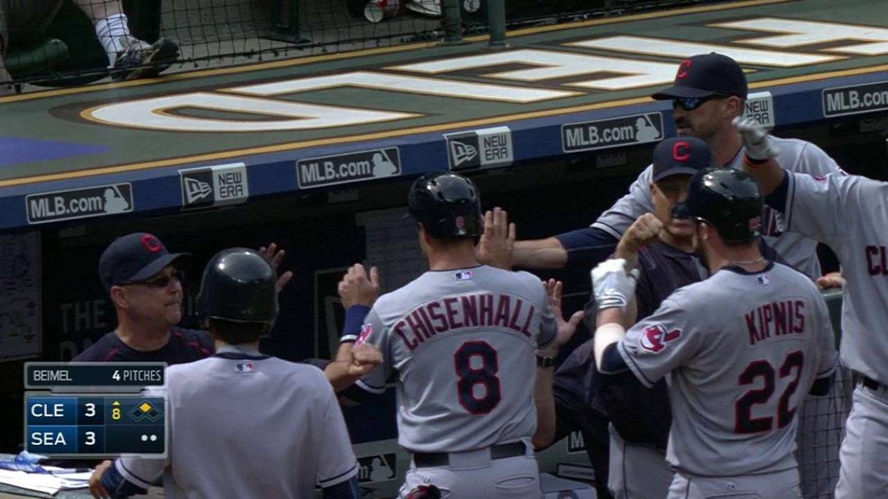 Kipnis' game-tying sac fly