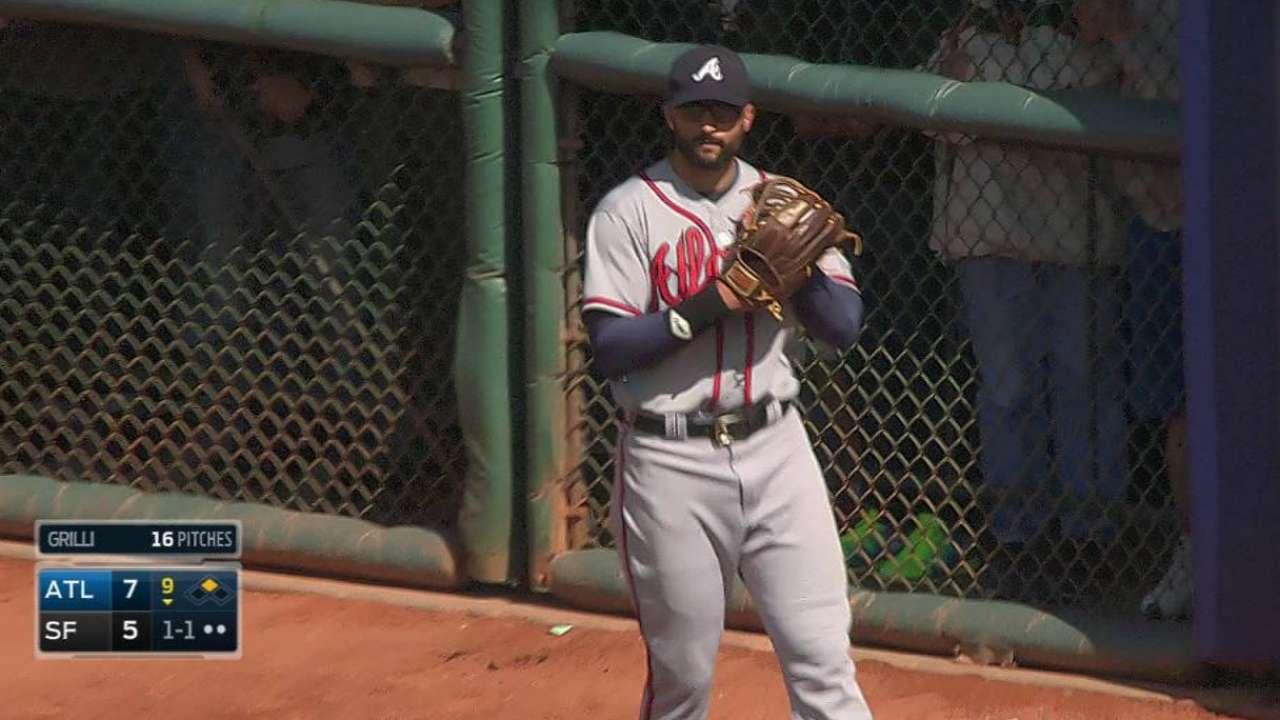 Peterson's big triple pushes Braves past Giants