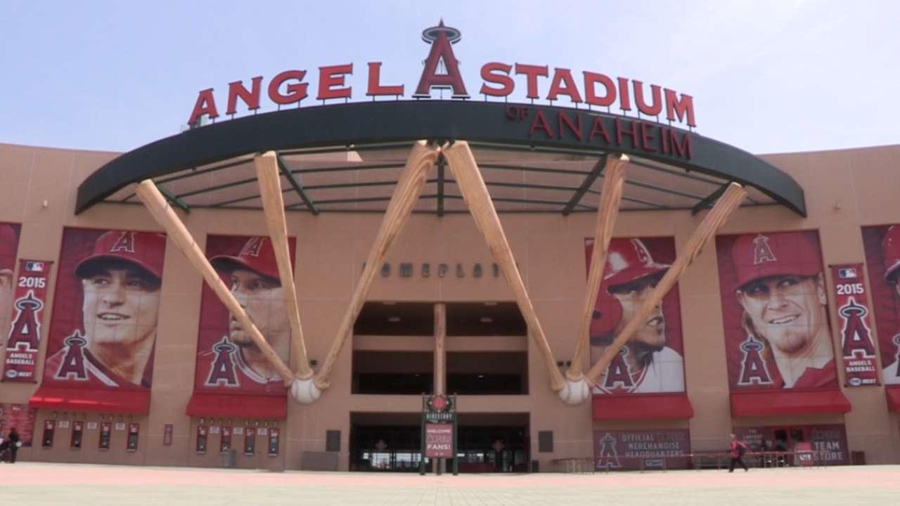 Angel Stadium hosts Pitch, Hit & Run event