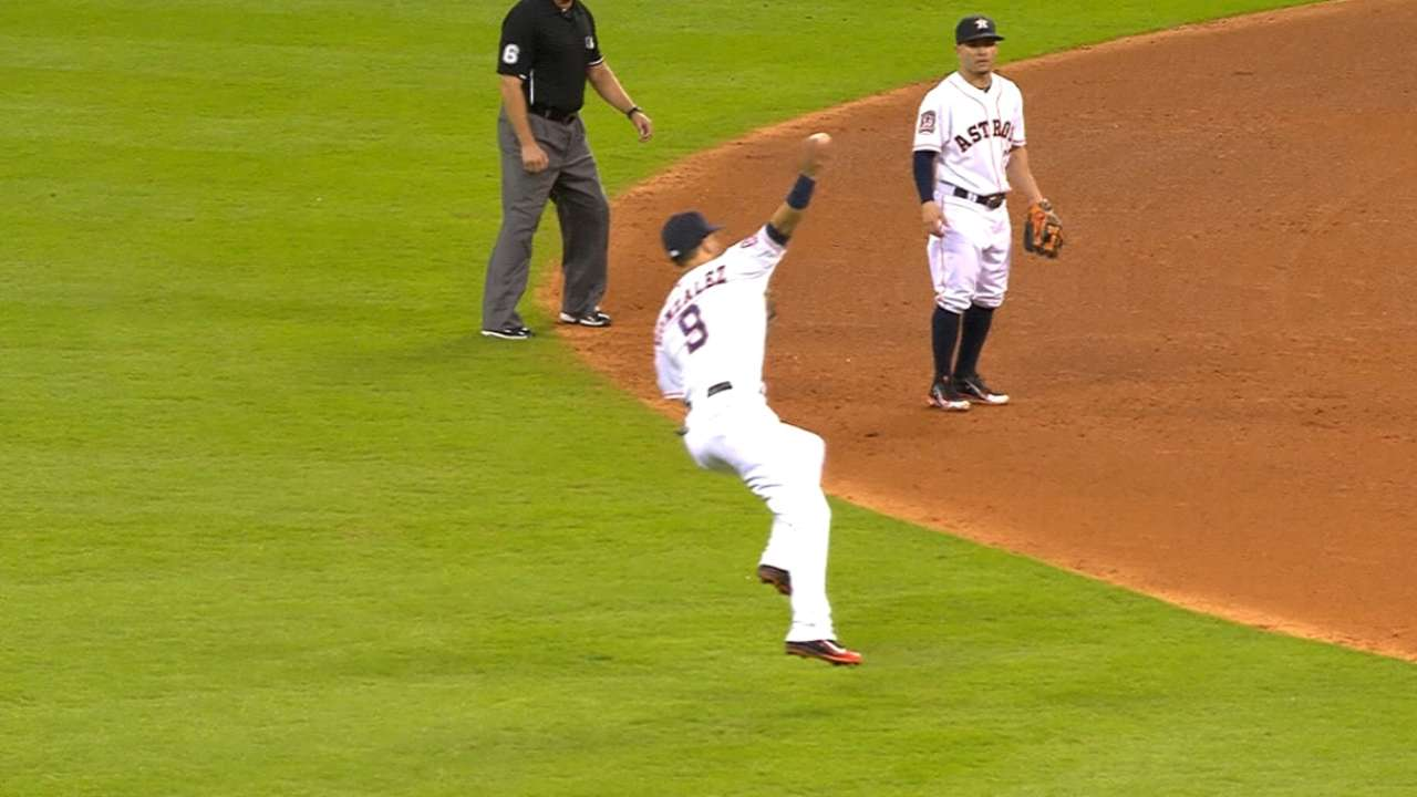 Marwin spins, unleashes 2-bouncer for out