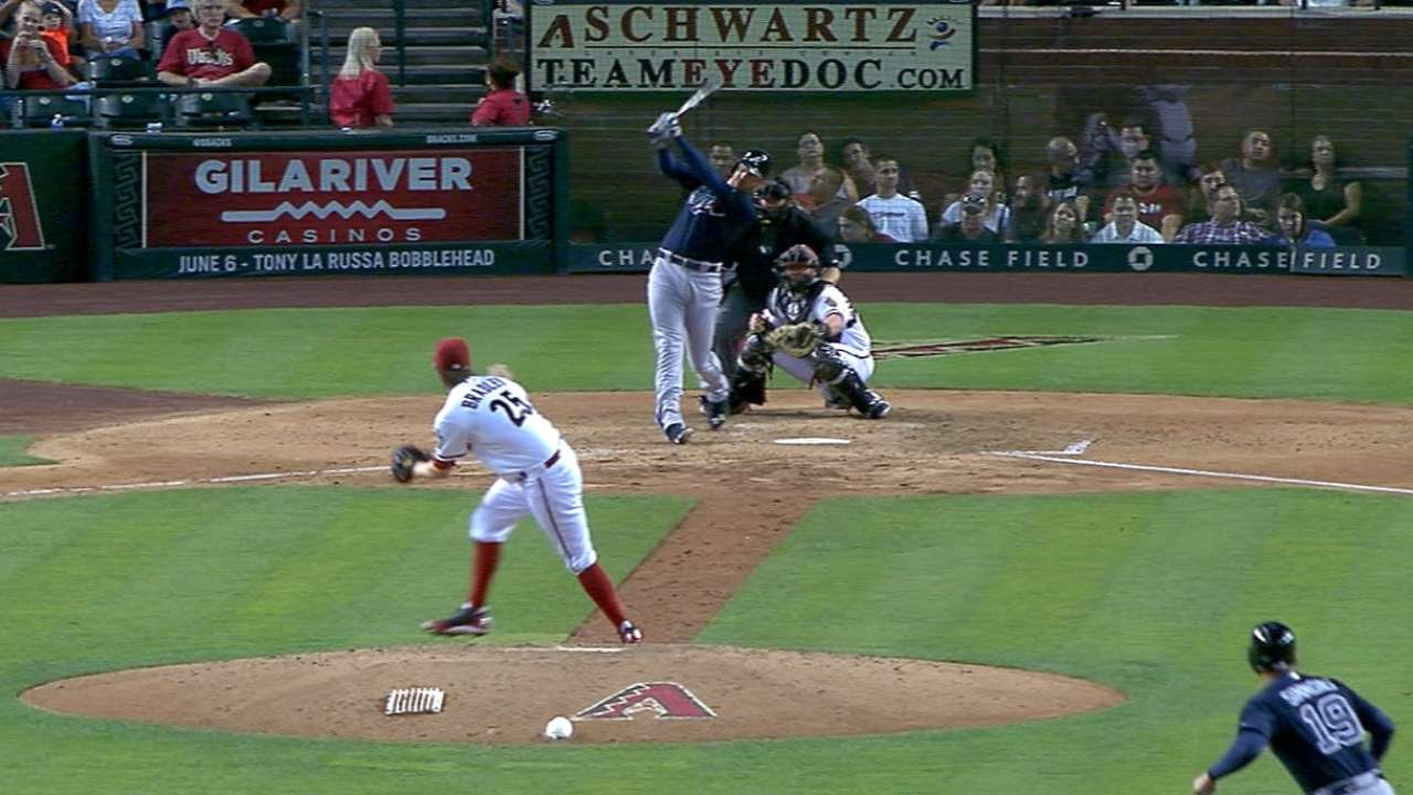 Must C: Freeman launches homer