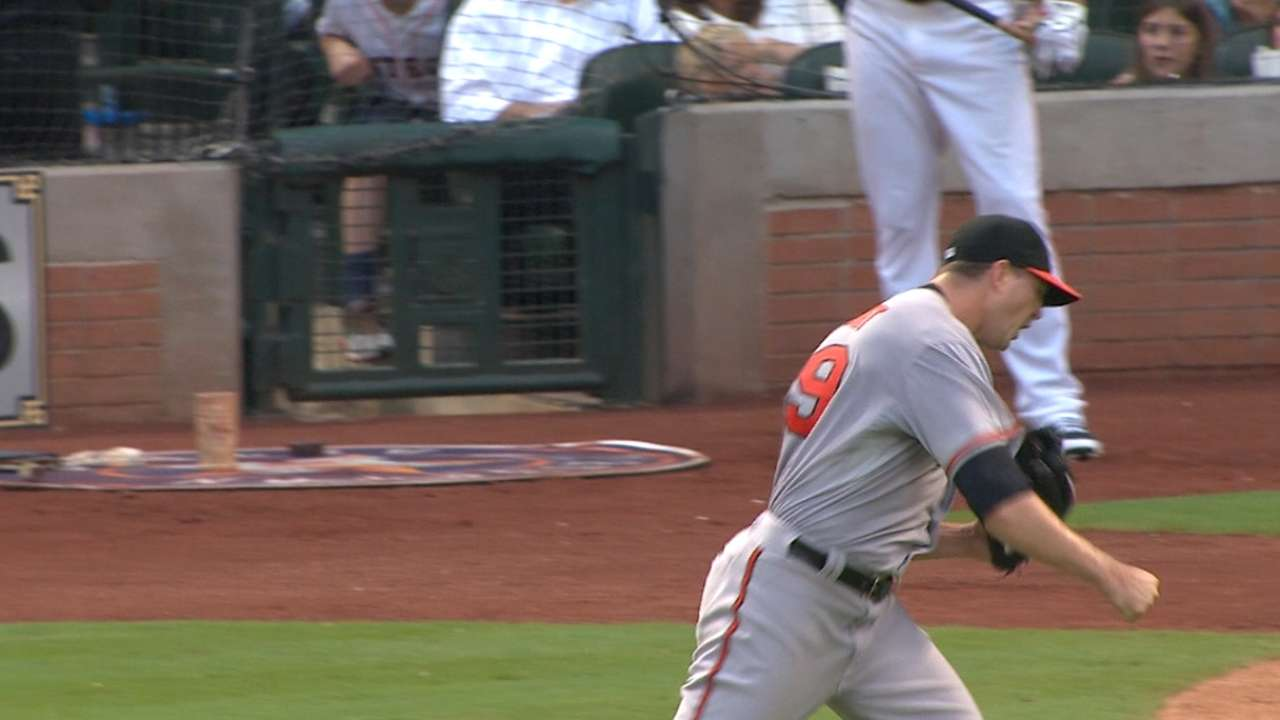 Wright escapes bases-loaded jam
