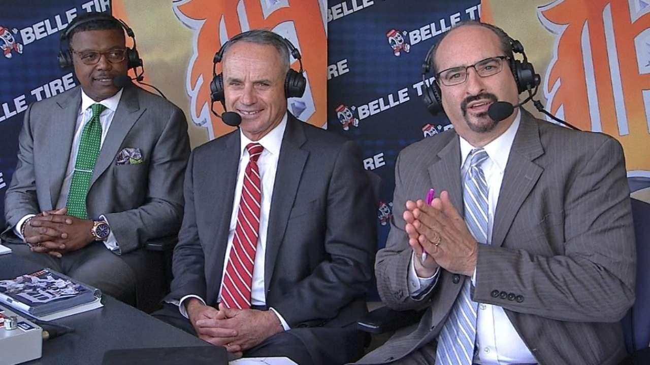 Manfred: Detroit a model for baseball cities