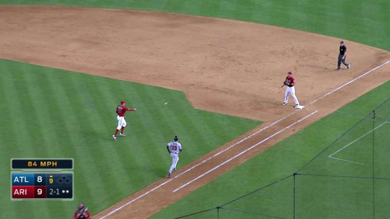 D-backs dig out of 6-run hole to topple Braves