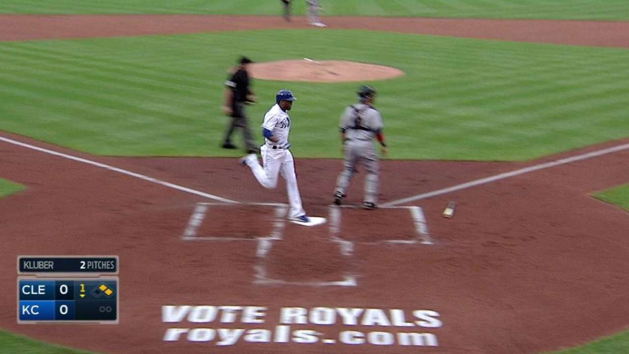 Moustakas' RBI single