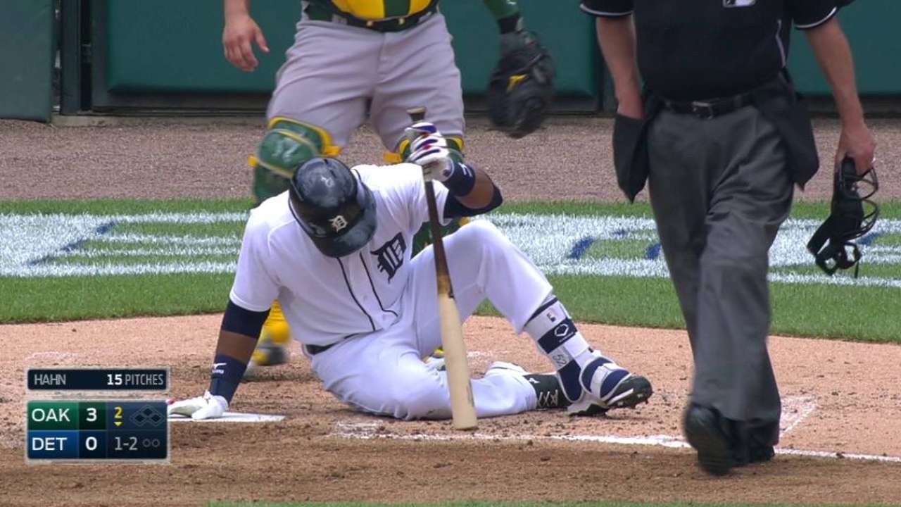 Cespedes out early with flu-like symptoms