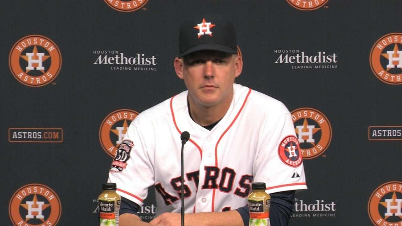Plenty of chances but no big hit for Astros