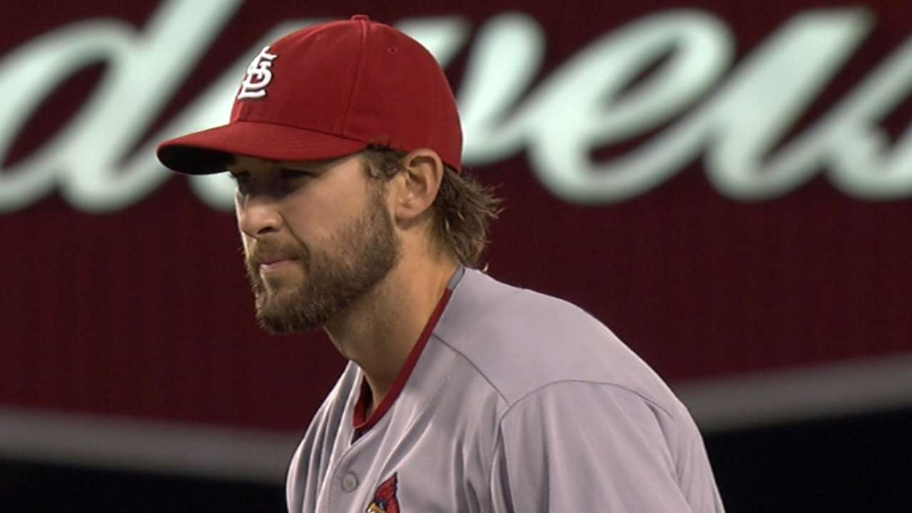 Wacha bounces back, holds Dodgers at bay