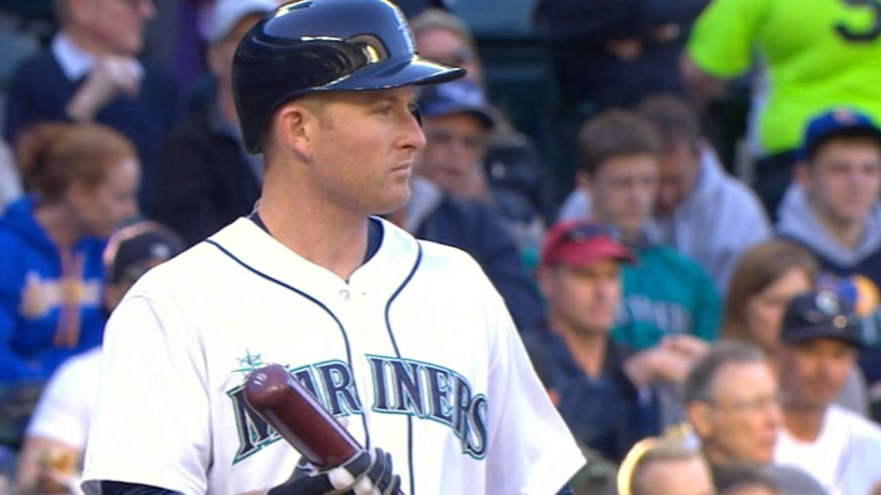 Trumbo sees plenty of potential in Mariners