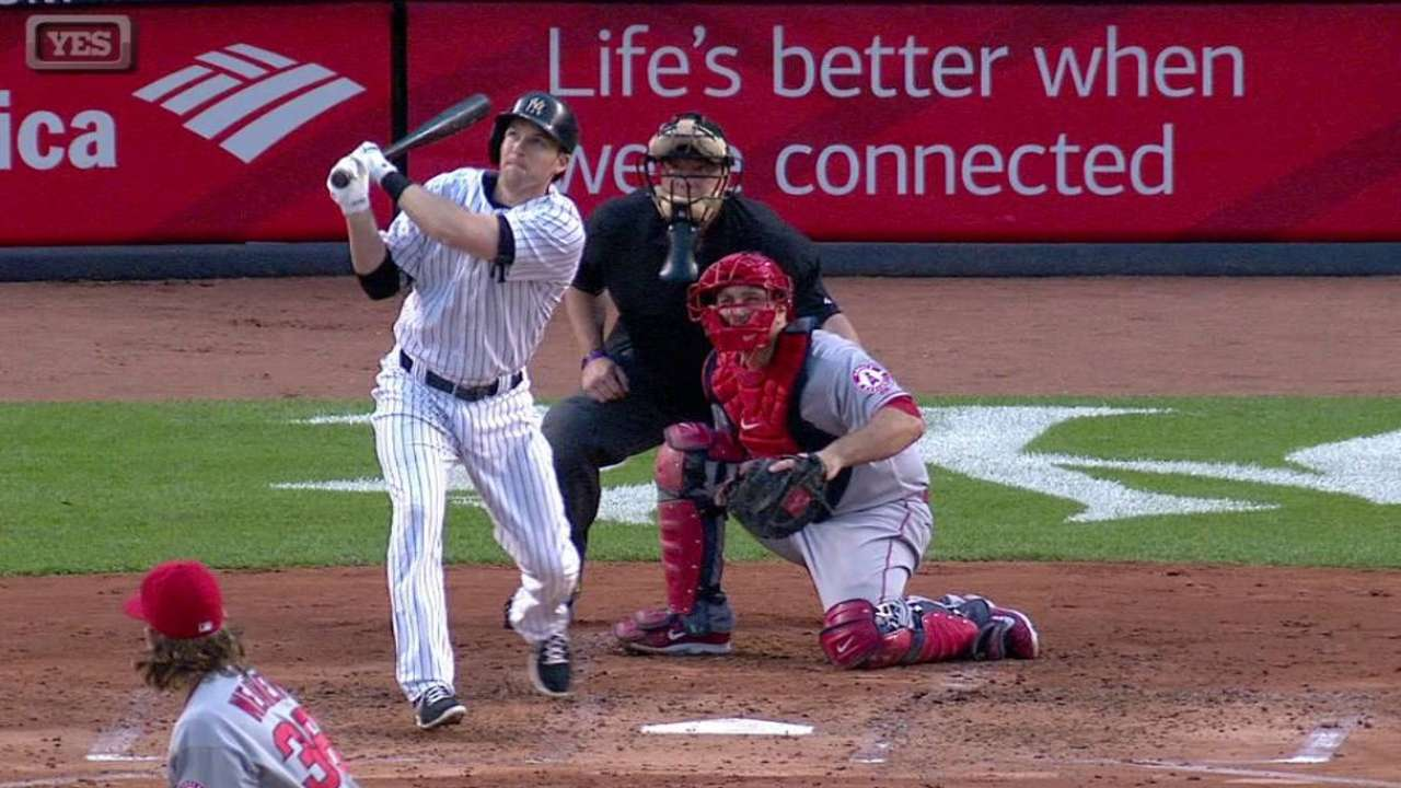 Drew finds power stroke with pair of homers