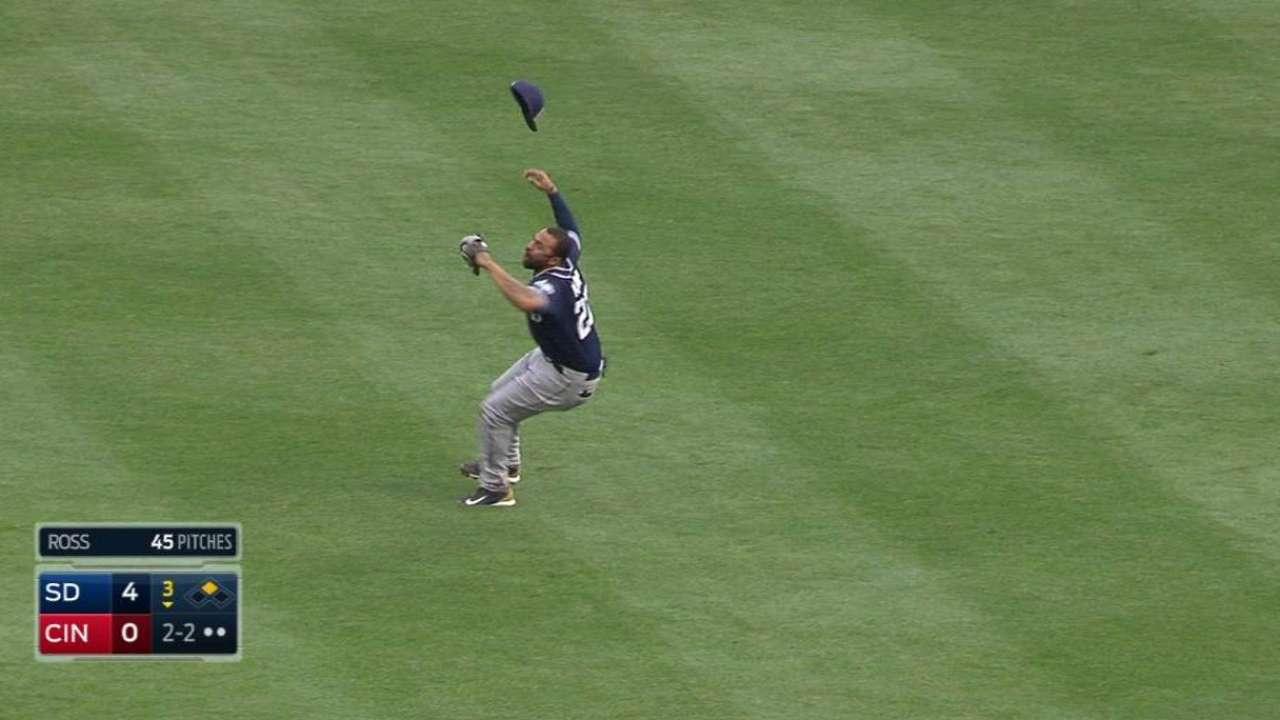 Kemp's tumbling catch