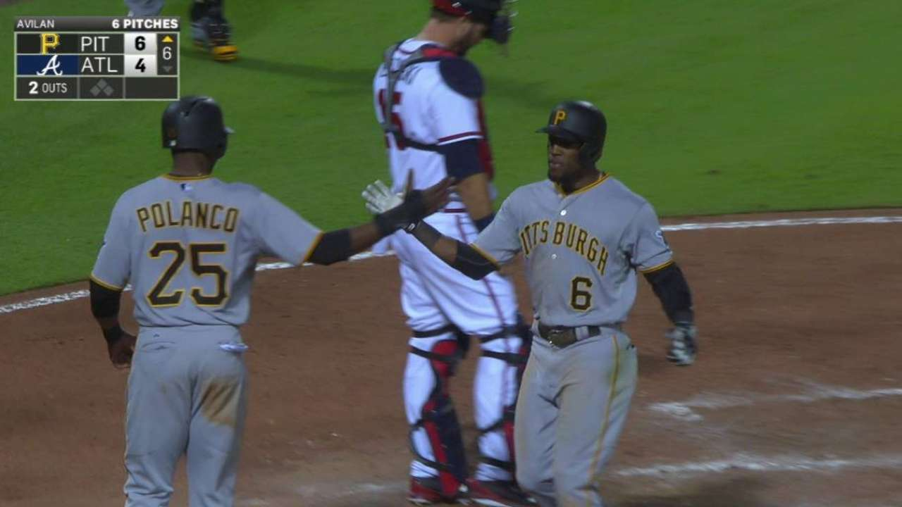 Bucs' 2 blasts upend Braves in hit parade