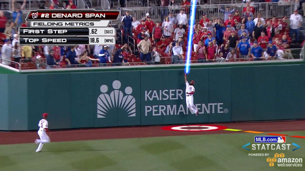 Span goes all out for incredible leaping grab