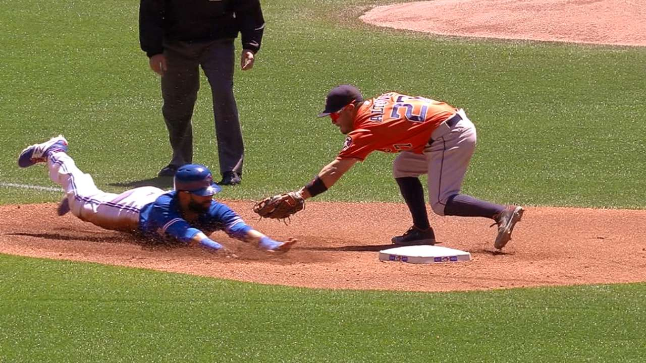 Blue Jays steal five bags