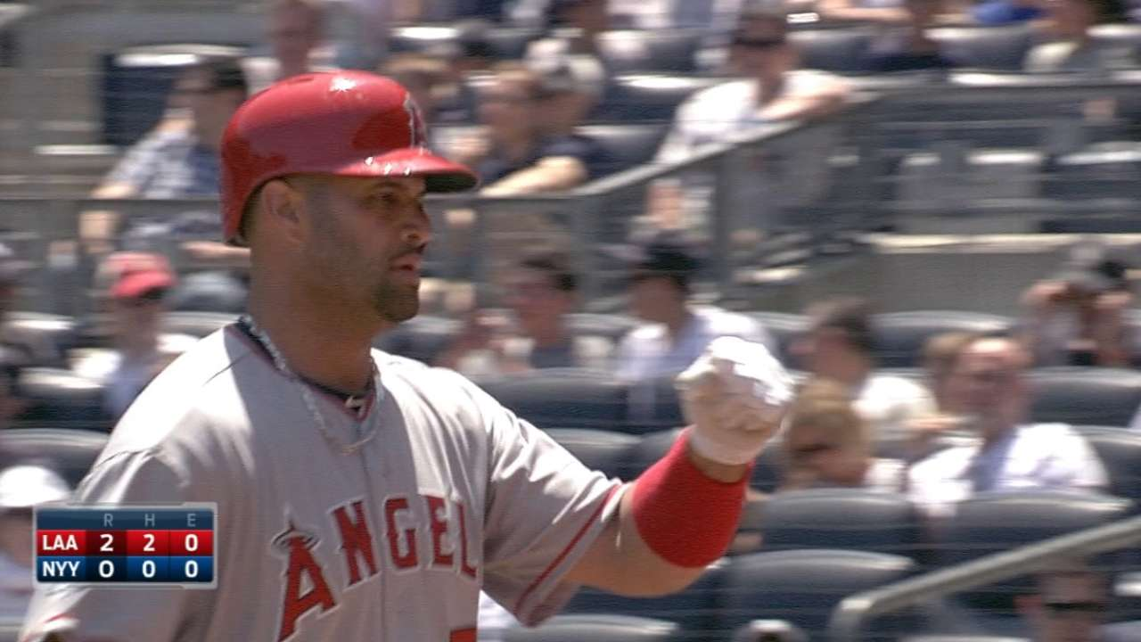 Trout, Pujols go back-to-back