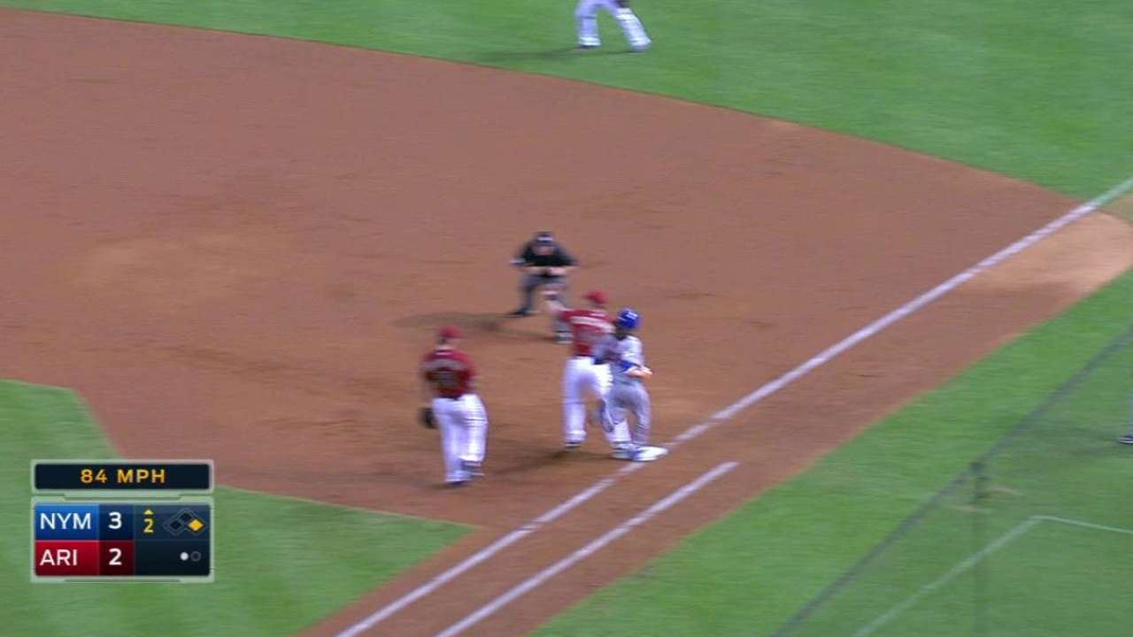 Goldy's nice stop starts a pair