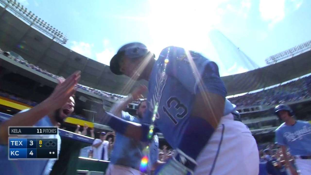 Salvy's solo shot lifts Royals past Rangers