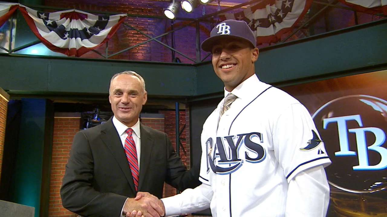 Rays make high school OF Whitley top pick
