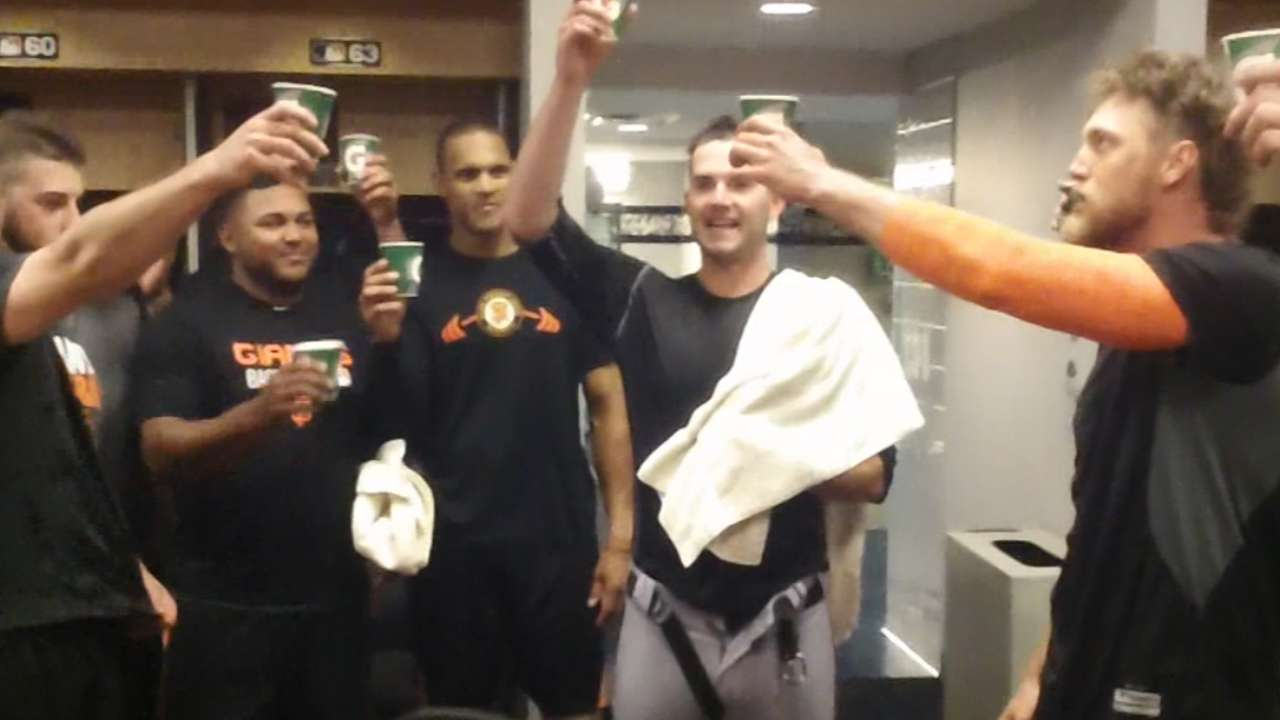 Giants toast to Heston's no-no