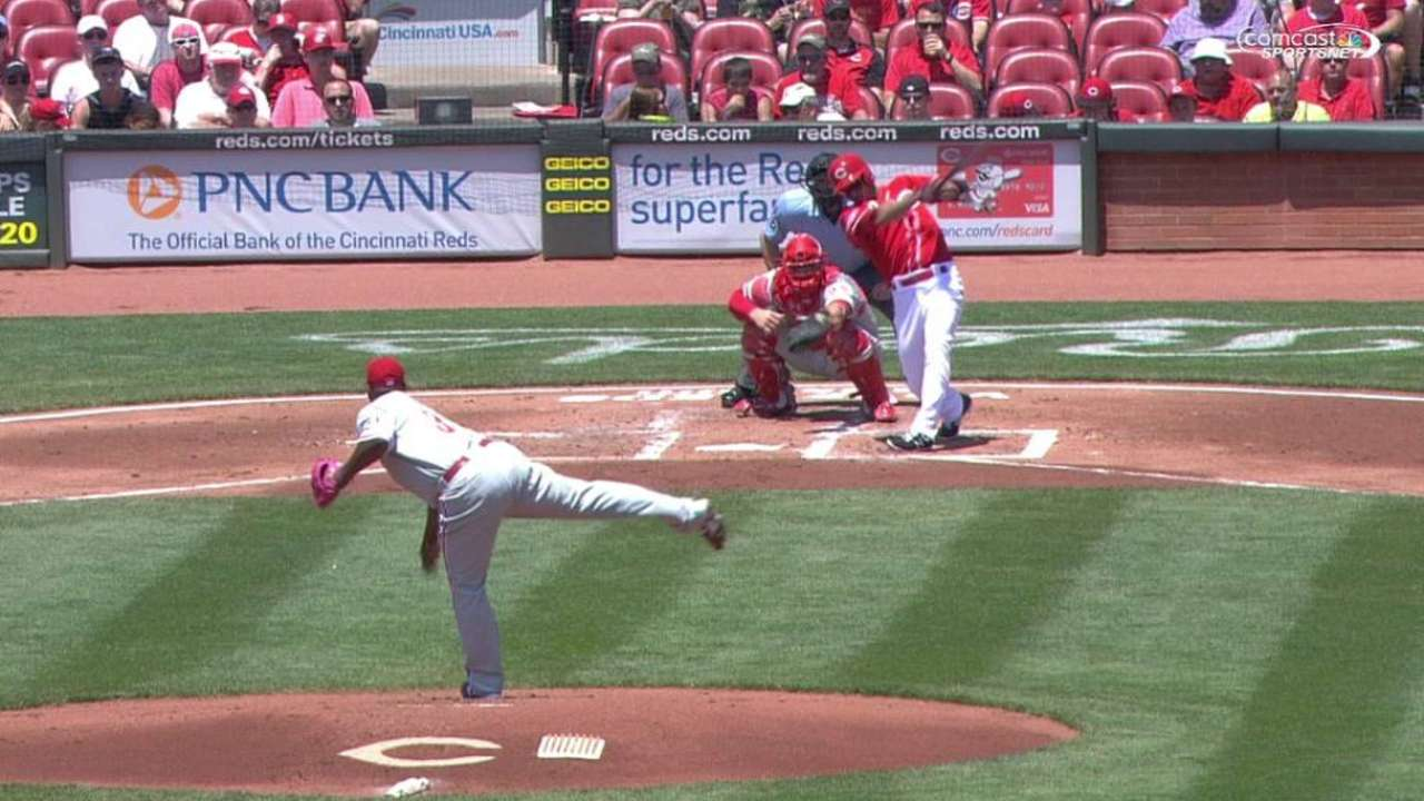 Reds ride 4-run first to sweep of Phillies