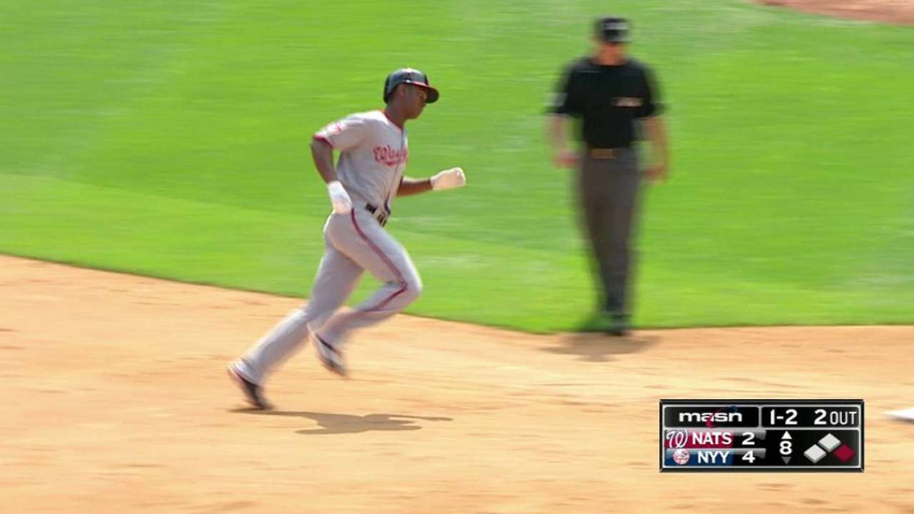 Taylor's game-tying homer