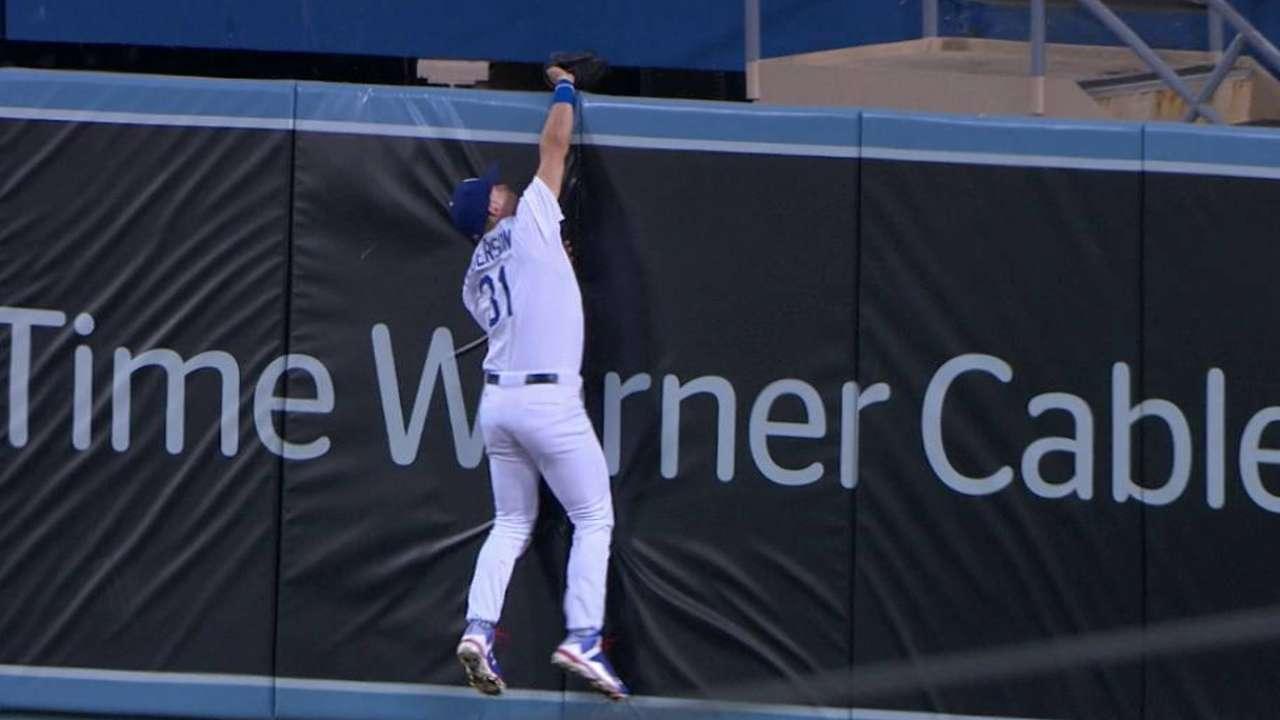 Pederson's terrific catch