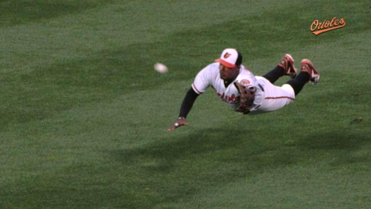 Must C: Jones owns center field