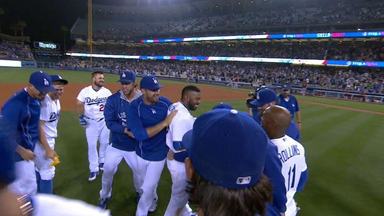 Dodgers no dieron tregua y barrieron a los D-backs