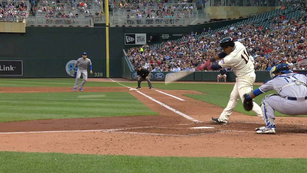 Polanco's first hit of the year