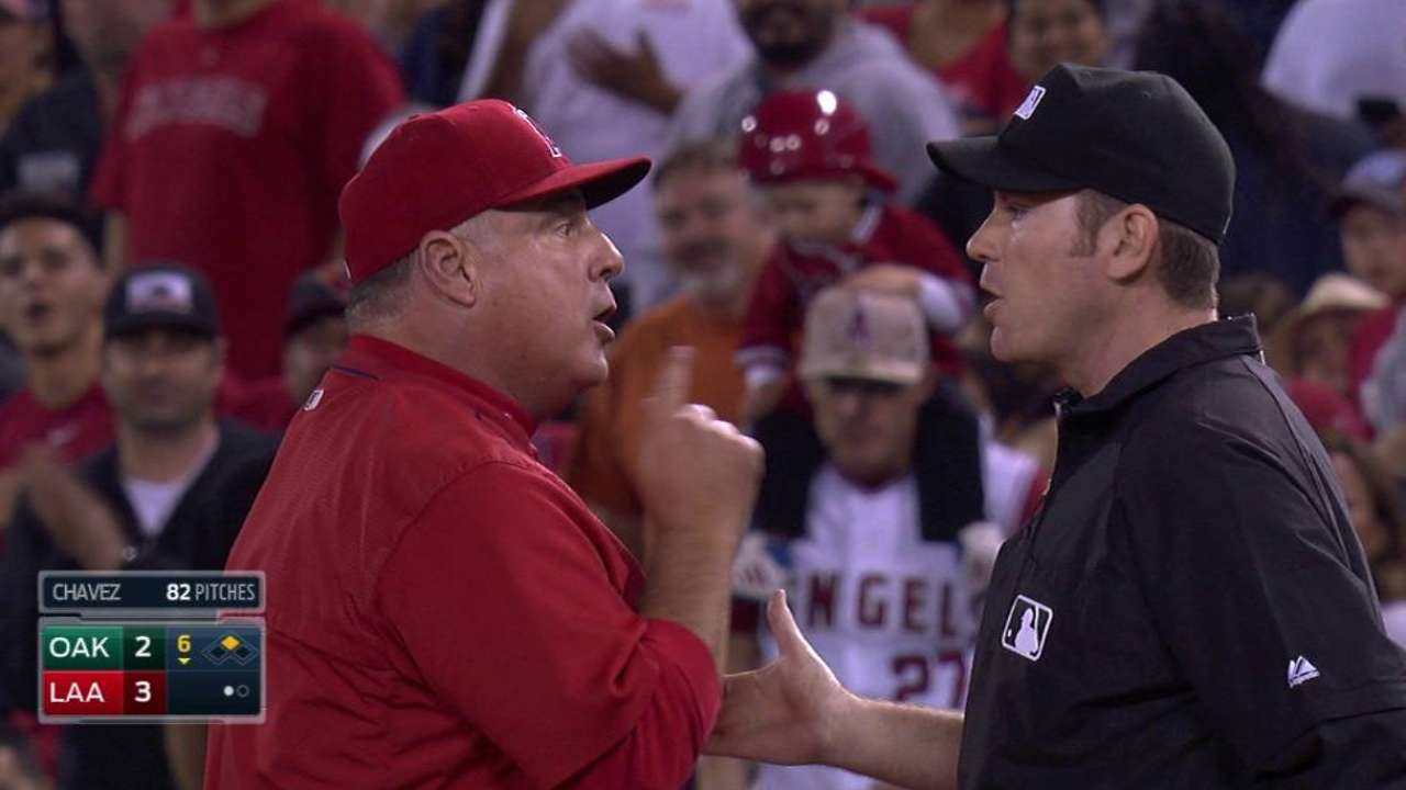 Scioscia gets tossed