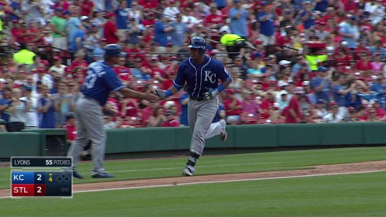 Perez's solo home run
