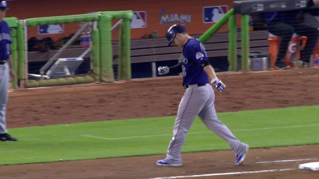 Dickerson escapes major injury, is available