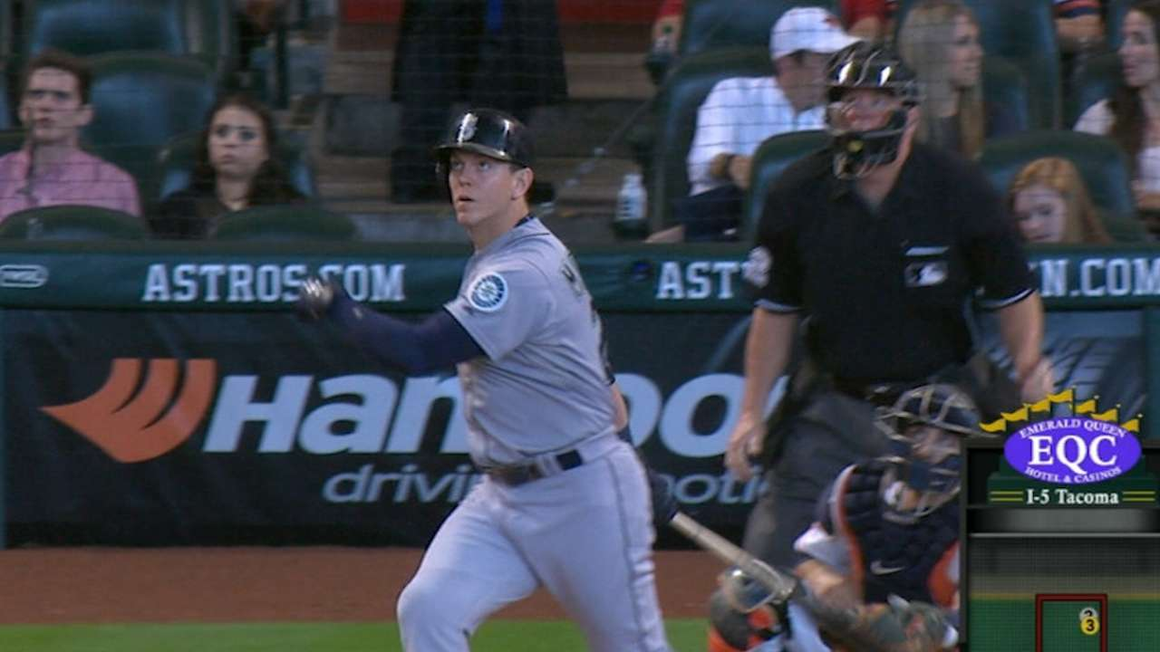 LoMo's two homers lead Mariners over Astros