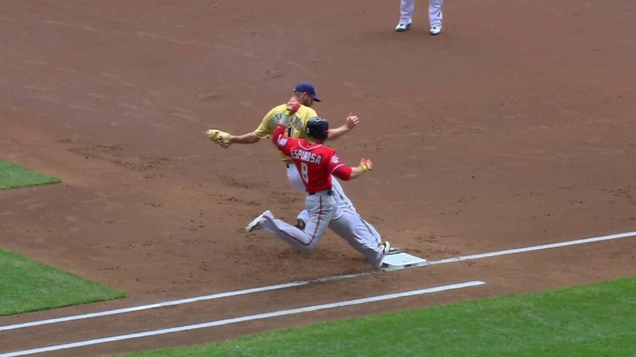 Lind throws out Espinosa