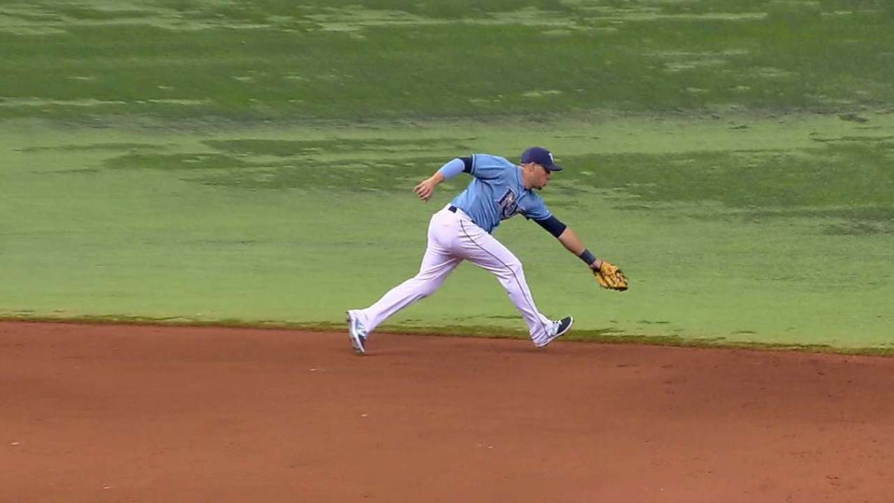 Cabrera's nice defense at short