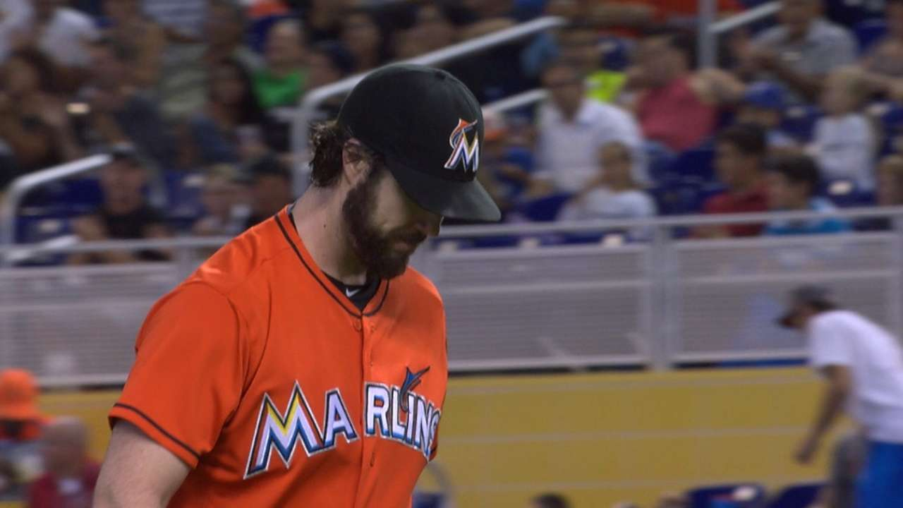 Haren settles in after being stung by homer bug