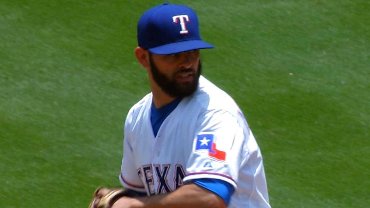 Martinez goes seven innings