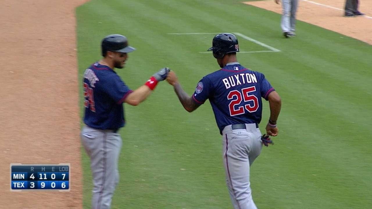 Buxton clave en victoria de Minnesota ante Rangers